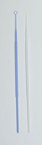 Anéis de inoculação calibrados, 10 µL à esquerda, 1 µL à direita.
